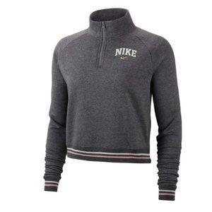 Nike fleece pullover